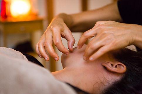 Massage visage liftant anti-age Kobido Chambery