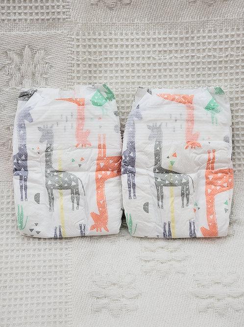 NB  Honest Diapers 🦒  Set of 2