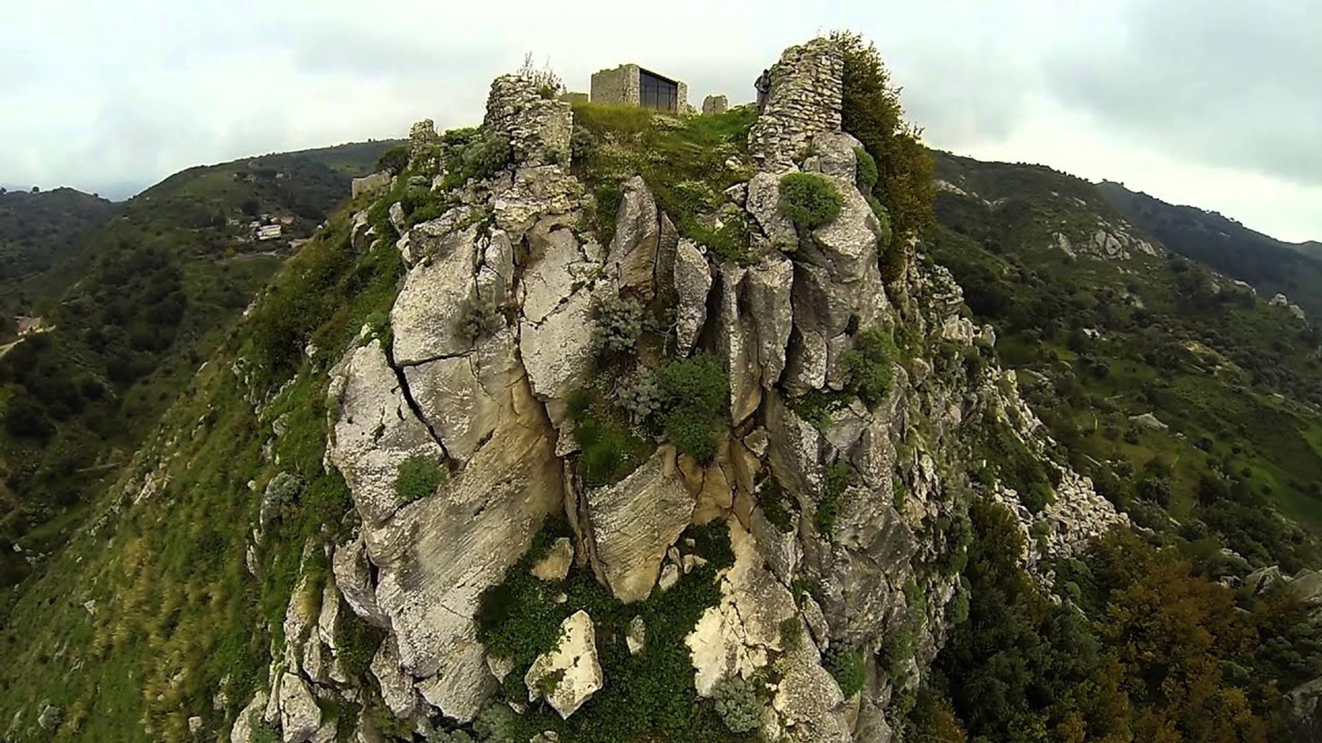 Castello di Sant'Aiceto