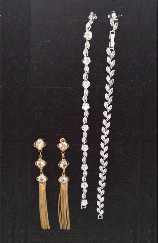 Accesorio vestido de novia, pulseras, pendientes  - NoviaSposa - Barranquilla