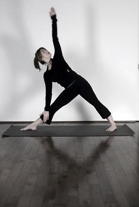 Mélanie Lelièvre Hatha Yoga
