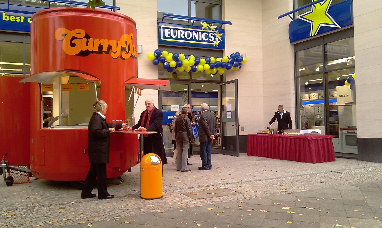 Currywurstcatering zur Eröffnung