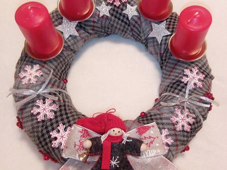 Handmade Wreaths & Flowers