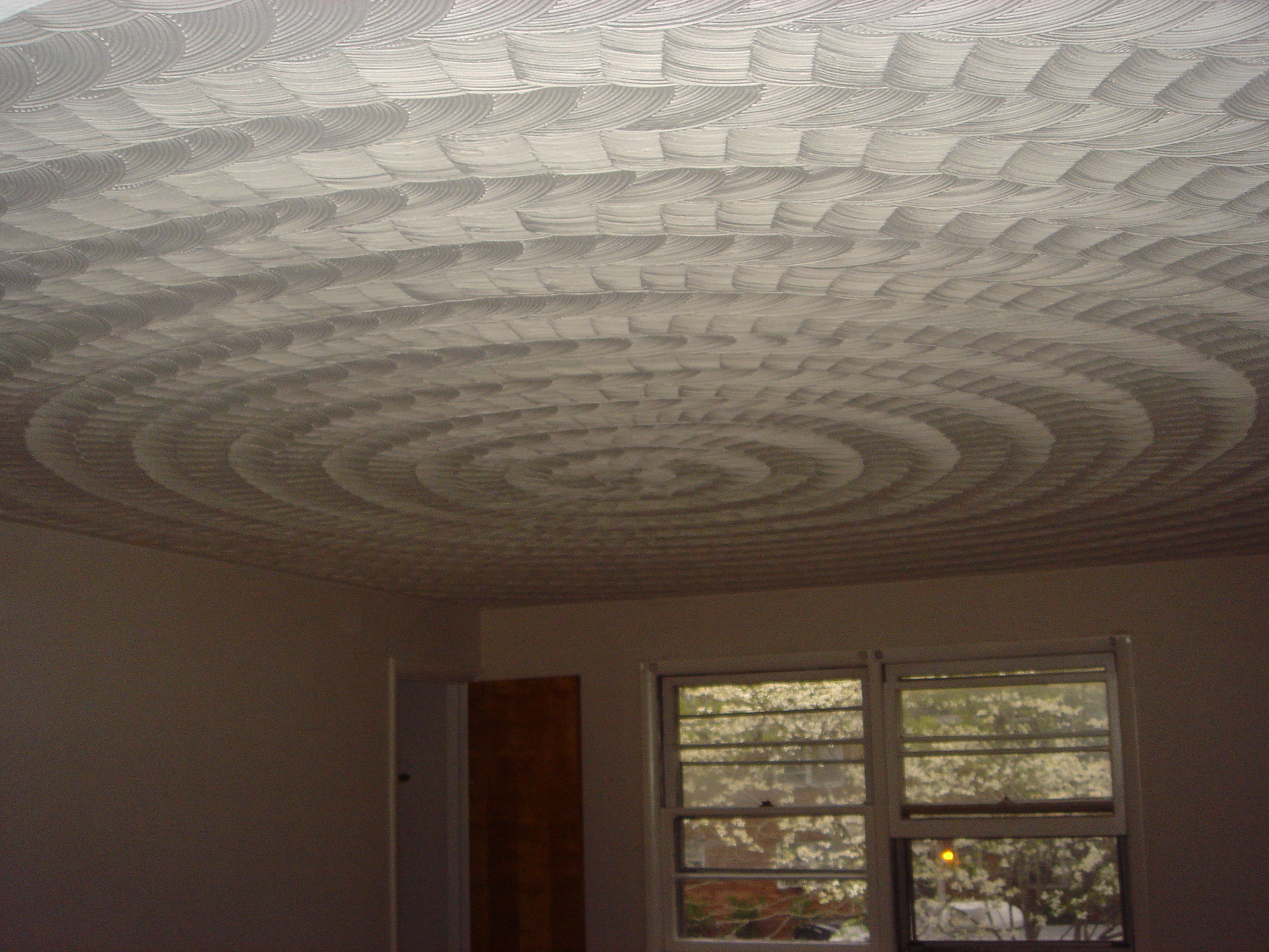 Beautiful Swirled Ceilin