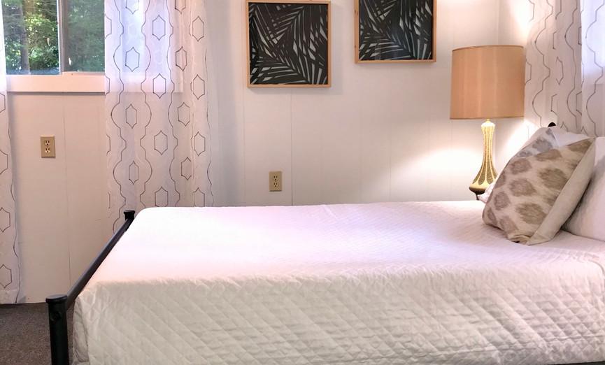 Bedroom 2 Full Bed
