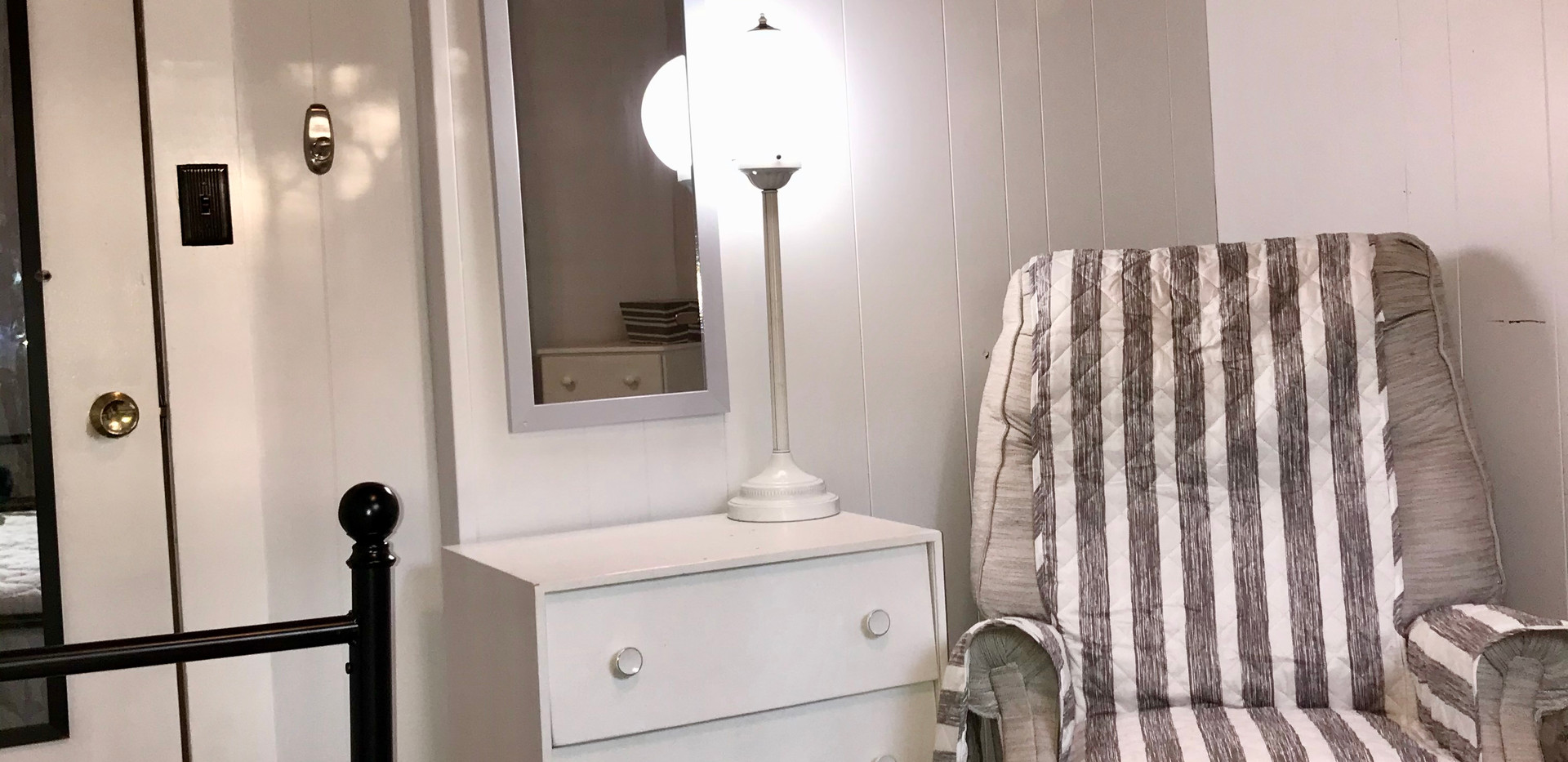 Bedroom 3 / Trundle (2 Twins )