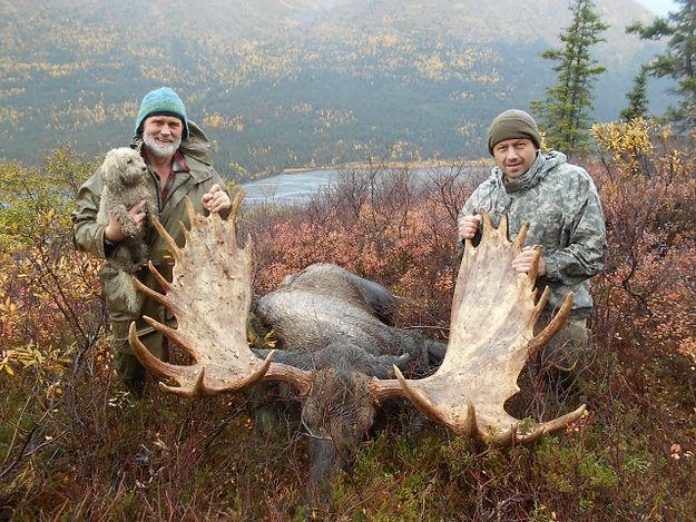 dad and bill bull moose.jpe