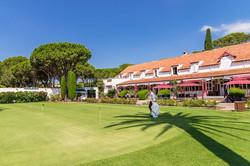 putting-green-golf-hotel
