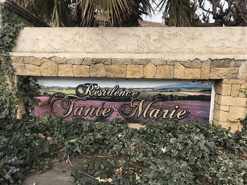 Quartier Tante Marie à Istres 13800