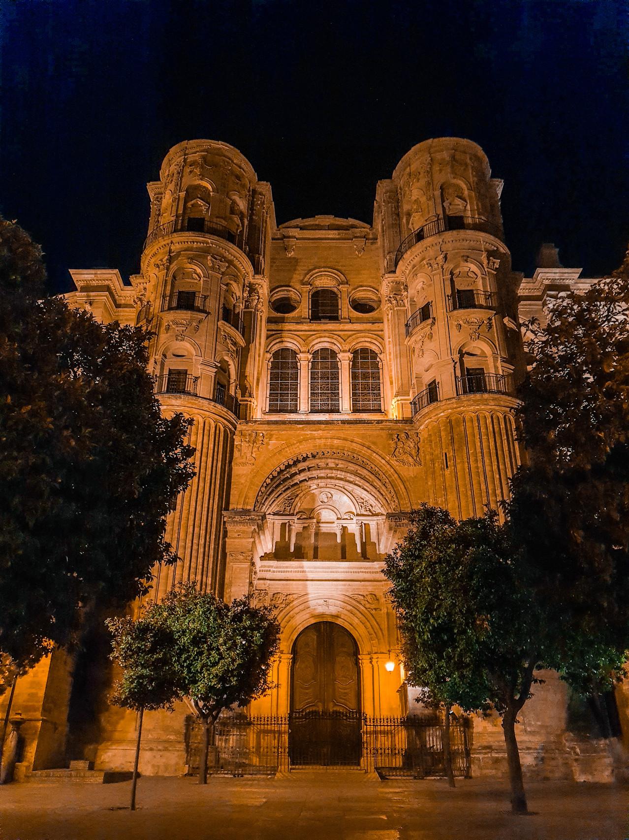 Cathedral Santa Iglesia Nighttime Olivia Libi
