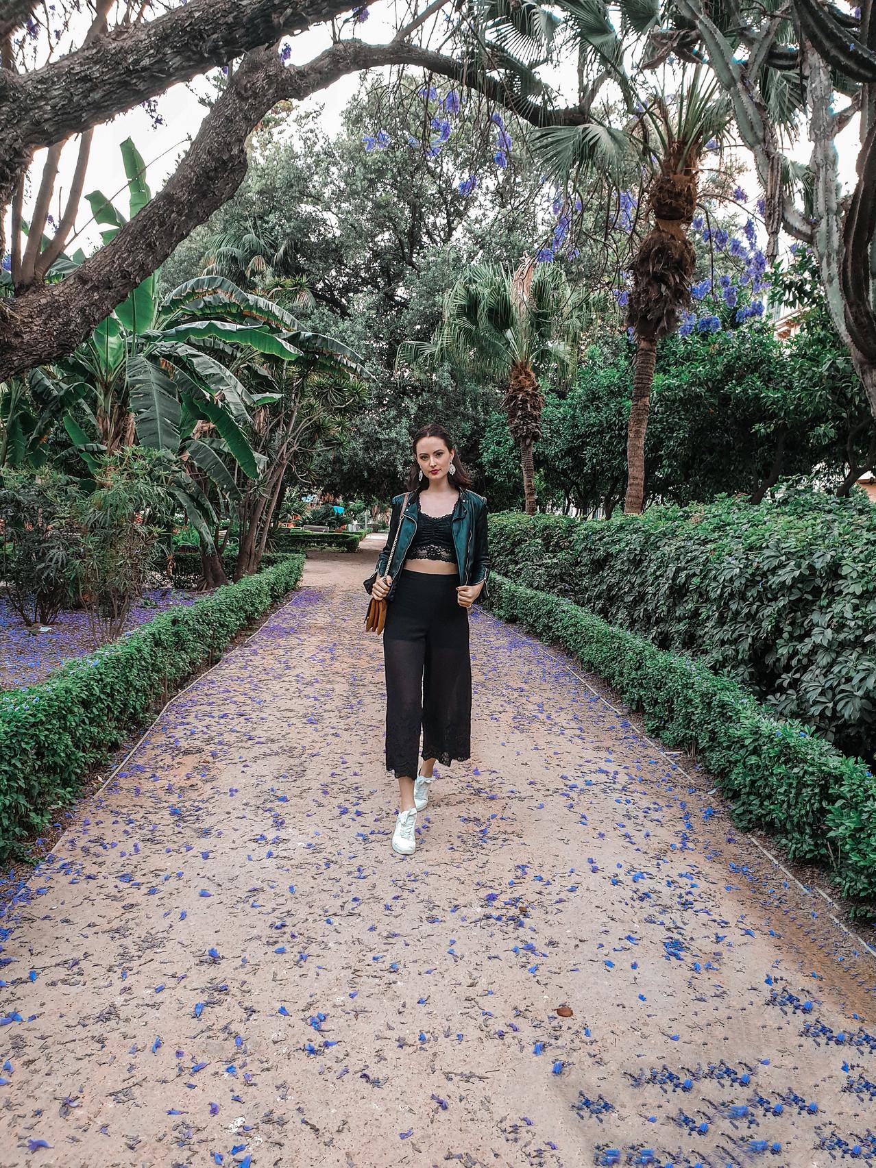 Malaga Park - Olivia Libi