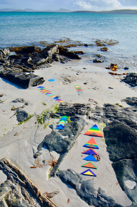 TRIANGLES ON BARRA