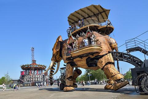 Elephant mécanique de Nantes pour évoquer le stage de Communication Consciente d'Olivier Babando qui se déroulera à Nantes