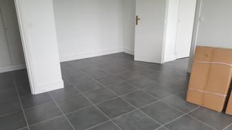 Boulogne Billancourt 92, Pose d'un carrelage de sol gré cérame pour un appartement à relouer