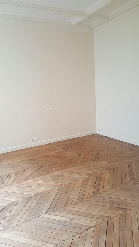 Paris 17; Mise en conformité électrique de bureaux et peinture