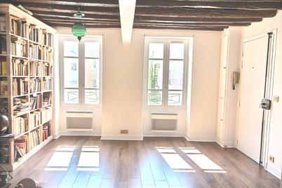 Paris 6; rénovation duplex, revêtement de sol, peinture, serrurerie, salle de bain