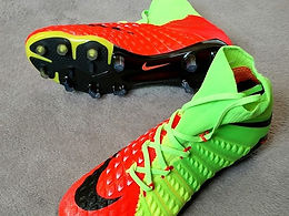 Nike Hypervenom Phantom III FGФутбольные бутсы