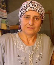 artisan of cotton scarvs