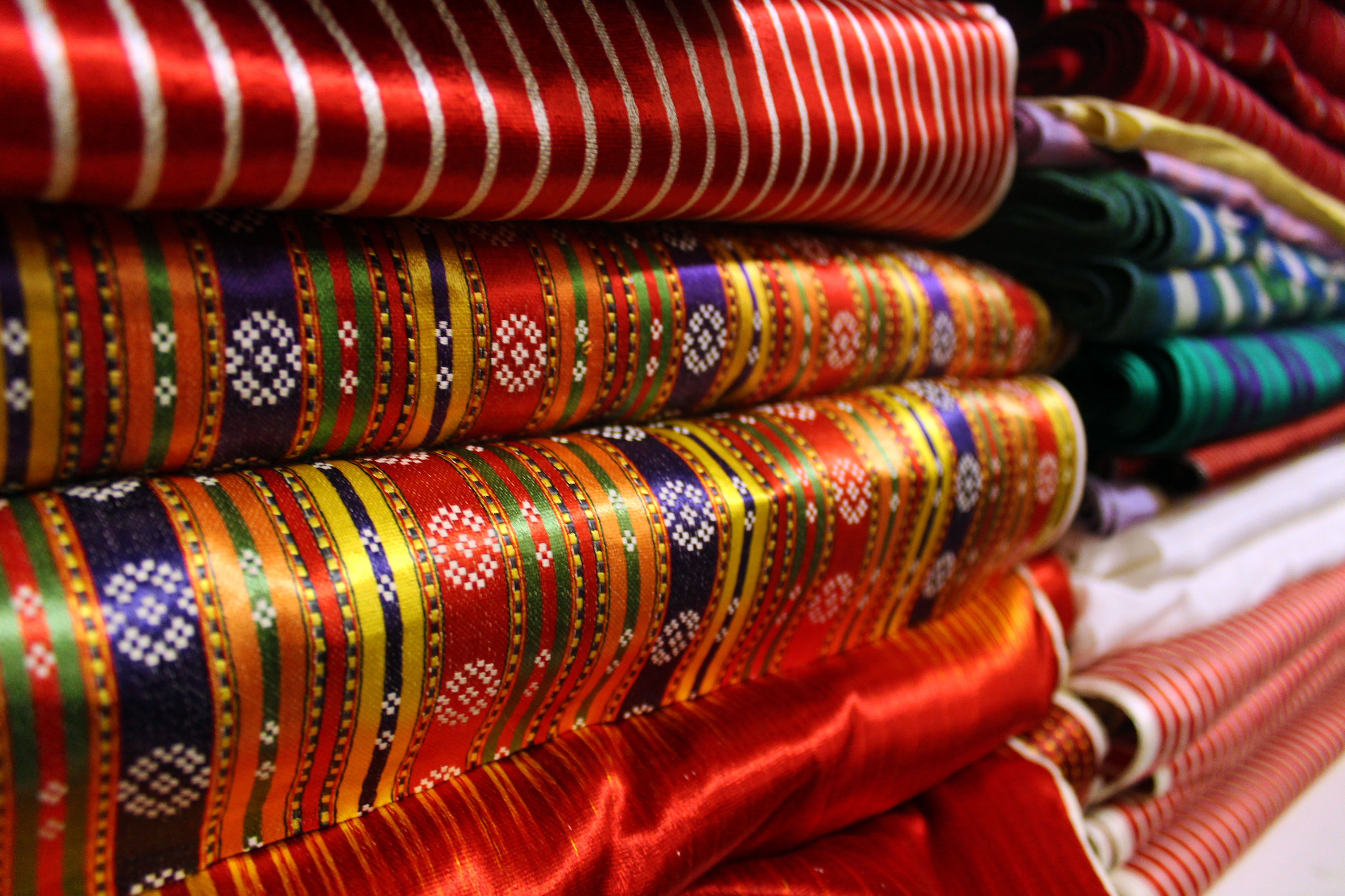 handmade kutnu woven silk fabric