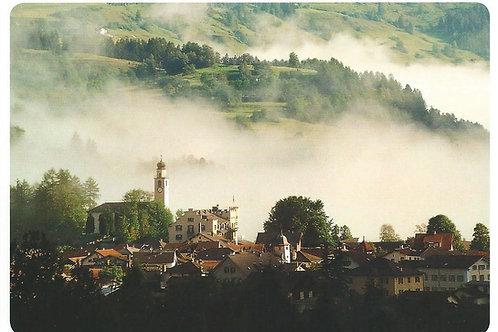 110 Kultur in Graubünden, z.B. Andeer, wo versucht wird, Lebenswert zu erhalten