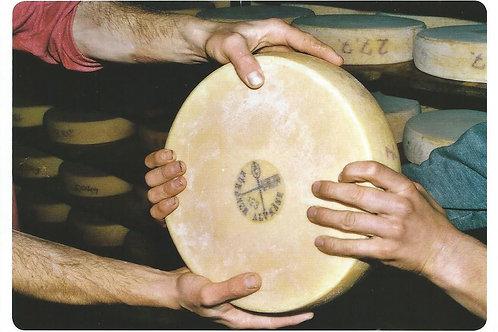 10 Alpkäse ist Handwerkskunst, Laib für Laib