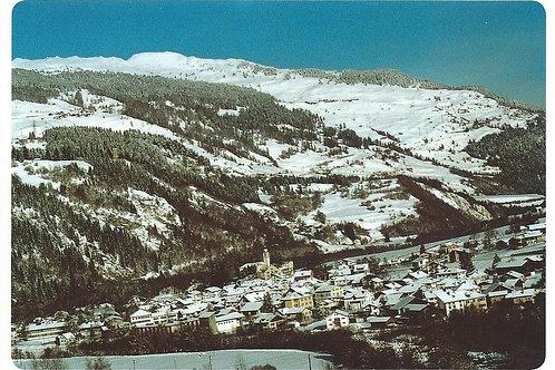 123 Kultur in Graubünden, z.B. Andeer, wo noch alle Milch im Dorf verarbeitet ..