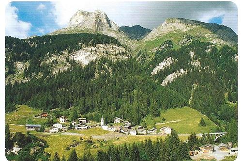 105 Kultur in Graubünden, z.B. Innerferrera, Bergdorf auf dem Weg ins Avers