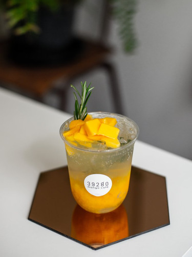 Mango rosemary and lime spritzer