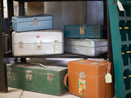 PRO TIPS FOR SHOPPING GARAGE SALES AND MARKETS