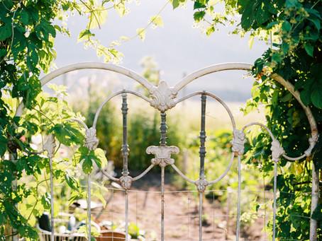 In the Garden: DIY Antique Headboard Gate