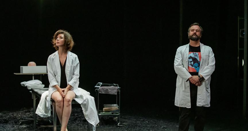 Ce qui vit en nous  Pièce et mise en scène - Stéphane Arcas  Composition - Baudouin de Jaer - La Balsamine - 2019