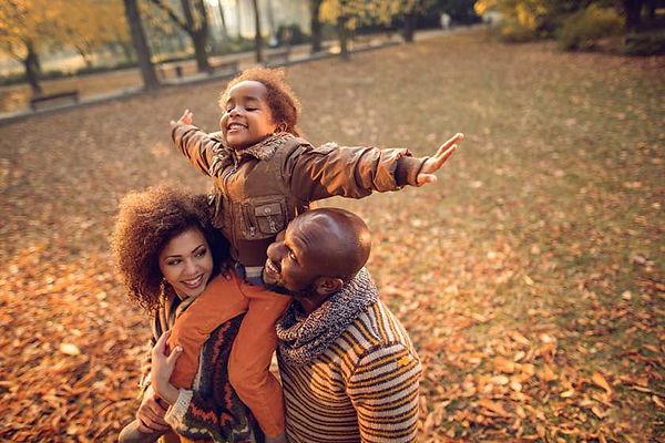 fall-family-outdoors-2.jpg