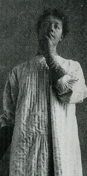 Fernand Khnopff Marguerite posant pour Du Silence aristotype d´aprés négatif vert, 1890