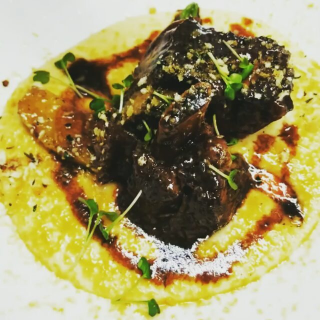 Regrann from _edgewatermanor -  Tell me this doesn't look delicious! The short ribs and polenta, par