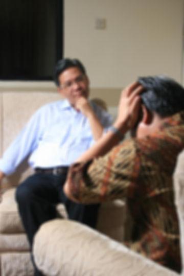 counseling-99740_edited.jpg