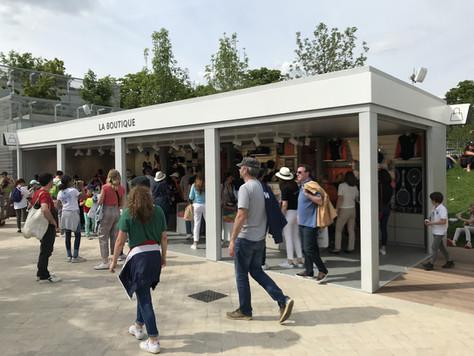 L'épicerie et la boutique en fonction à Roland Garros.