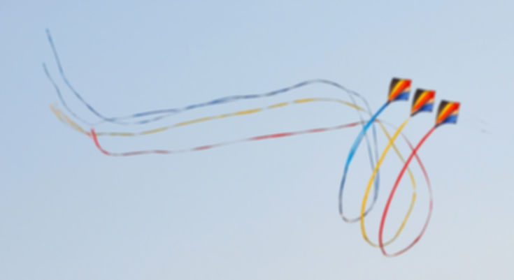 wind-kite-391870_1920.jpg