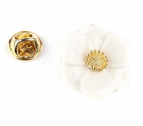 Pin Flor branca