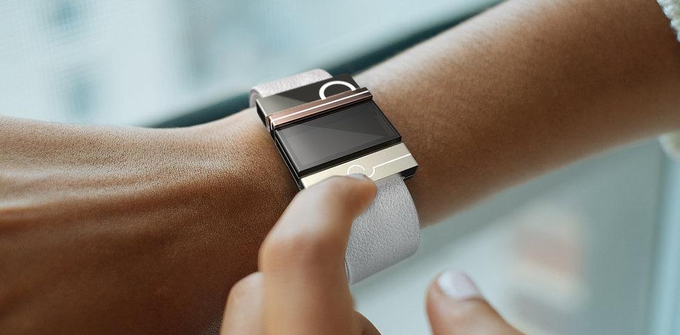 wearables design e-charm pendants