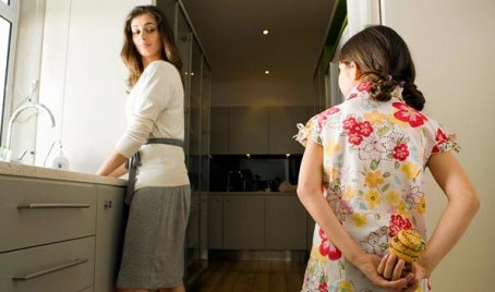 De waarheid achter het lieggedrag van je kind en hoe je er mee kunt omgaan