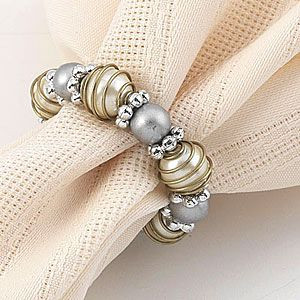 Napkin ring diamond and pearl