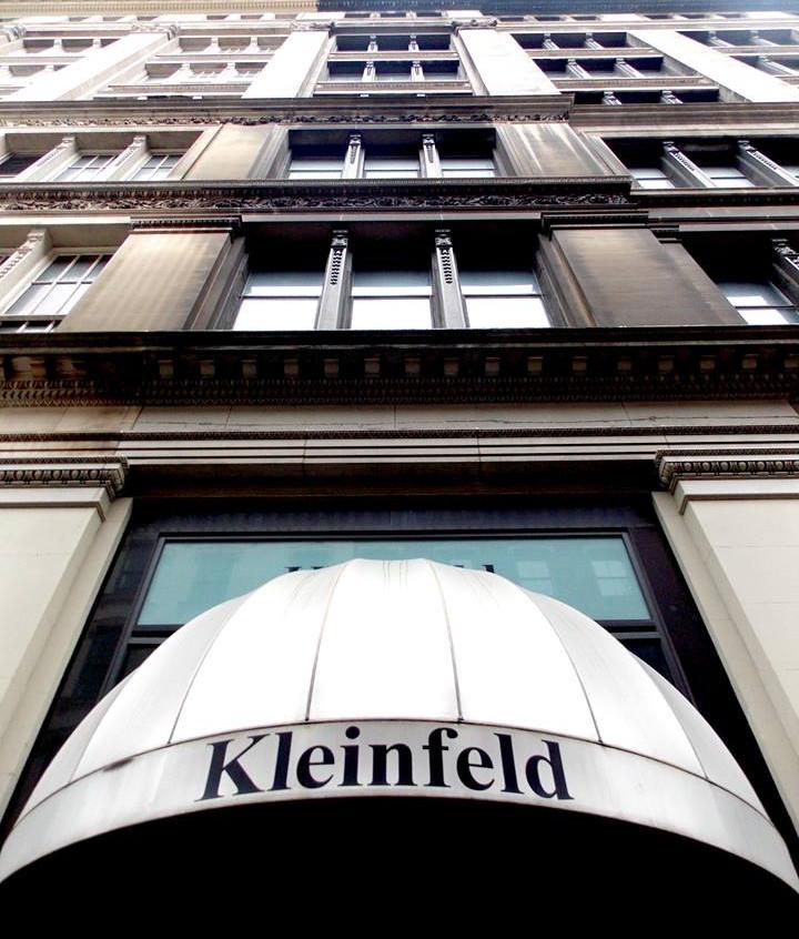 Kleinfeld awning