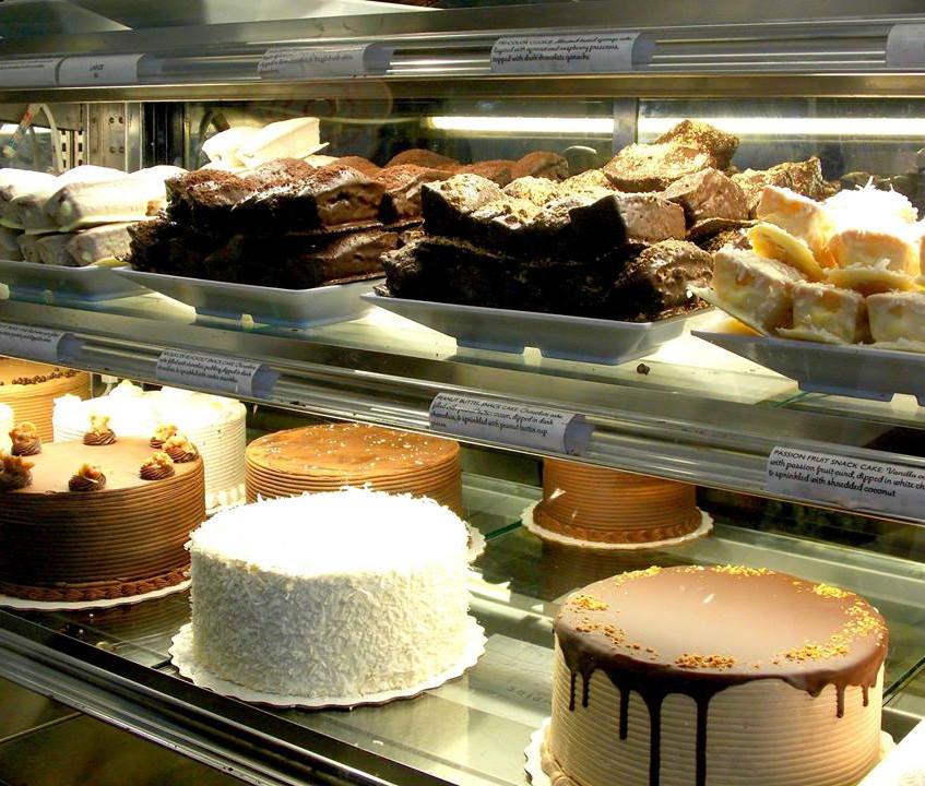 Empire cakes