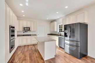 Kitchen: Clifton
