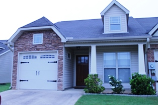 2027 Rossburg PLace 001