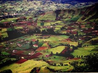 Convocatoria abierta para la presentación de proyectos de negocio en Colombia / Open call for presen