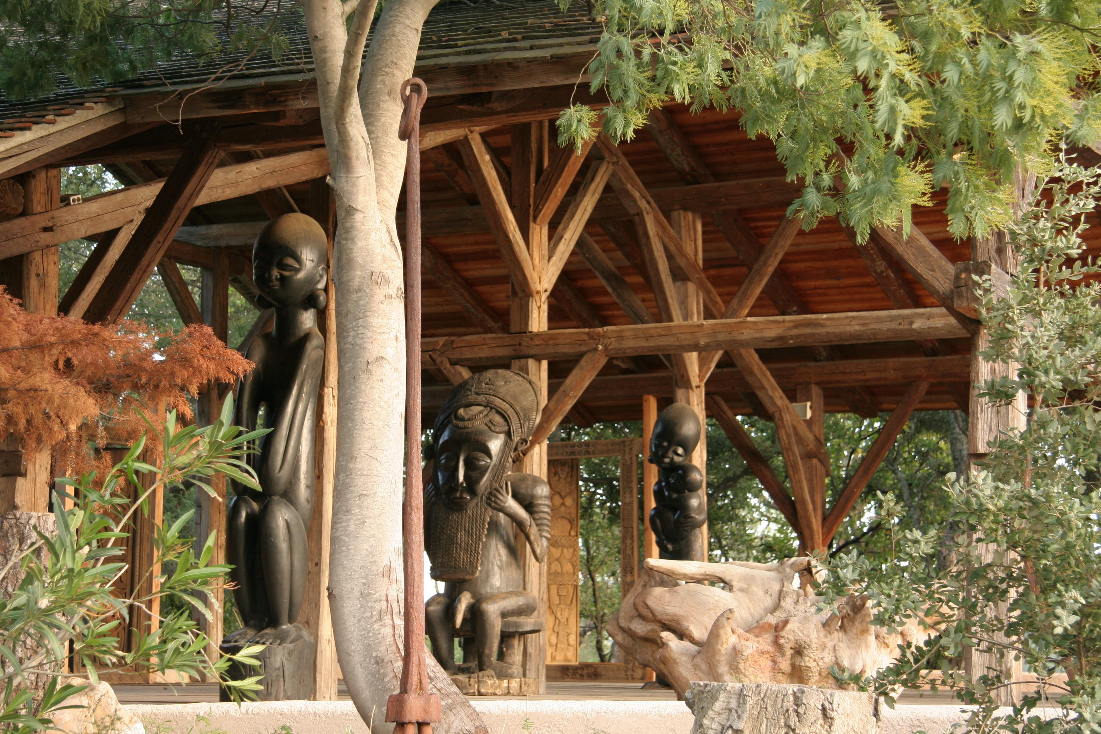 boma-statuettes-vertes