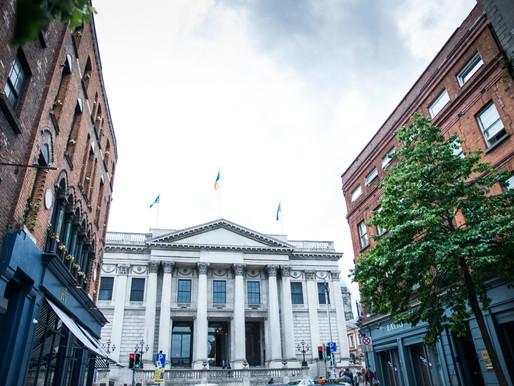 Kayleigh + Neal | Urban Chic in Dublin City Centre