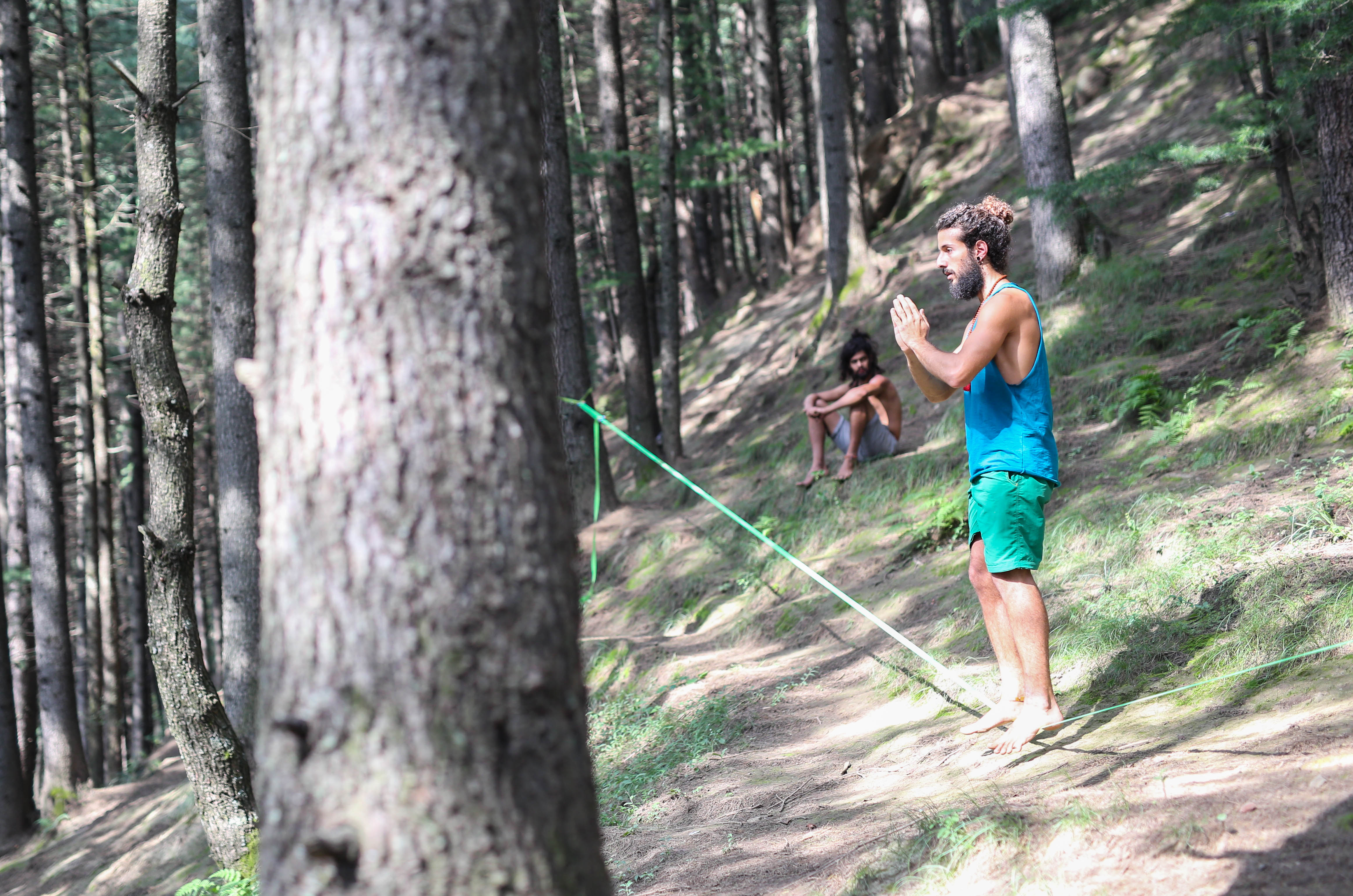 slackline in the forest