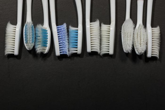 Sua escova de dente está em dia?